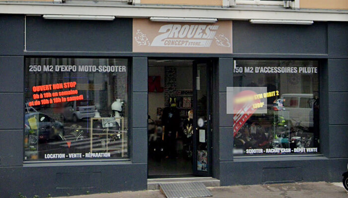 motorcycle rental Nantes Array