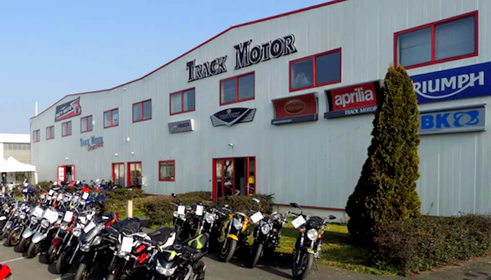 location moto La Rochelle Array