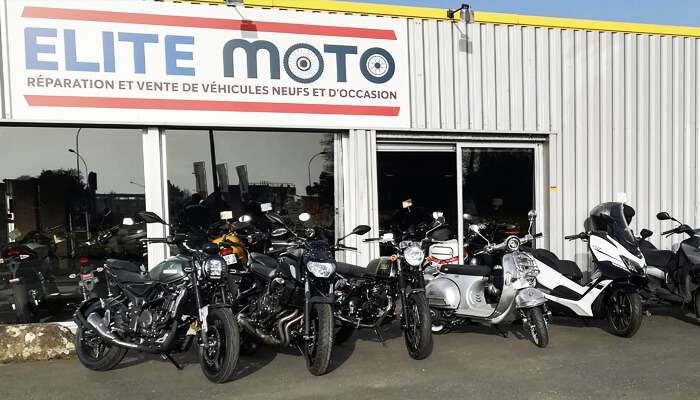 motorcycle rental Lannion Array