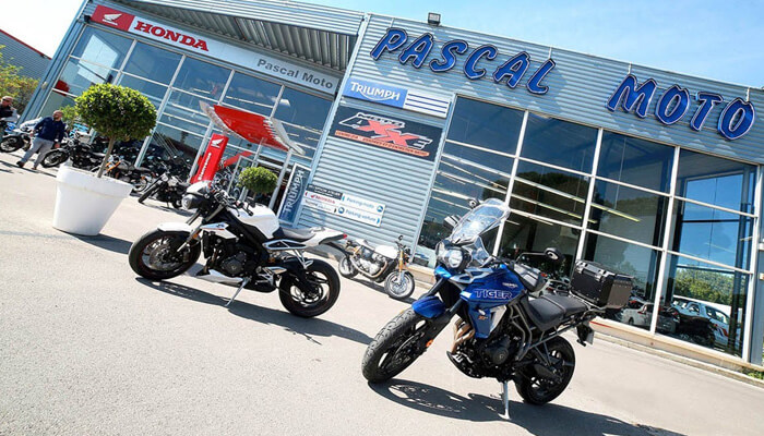 motorcycle rental Montpellier Array