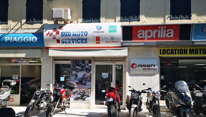 motorcycle rental Salon-de-Provence Array