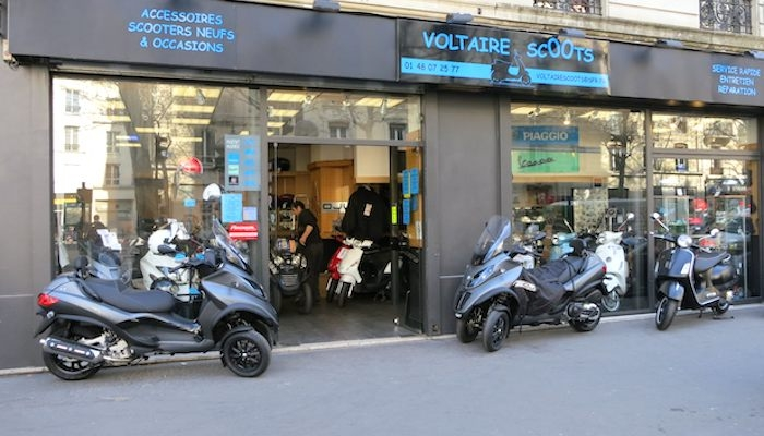 location moto Paris Array