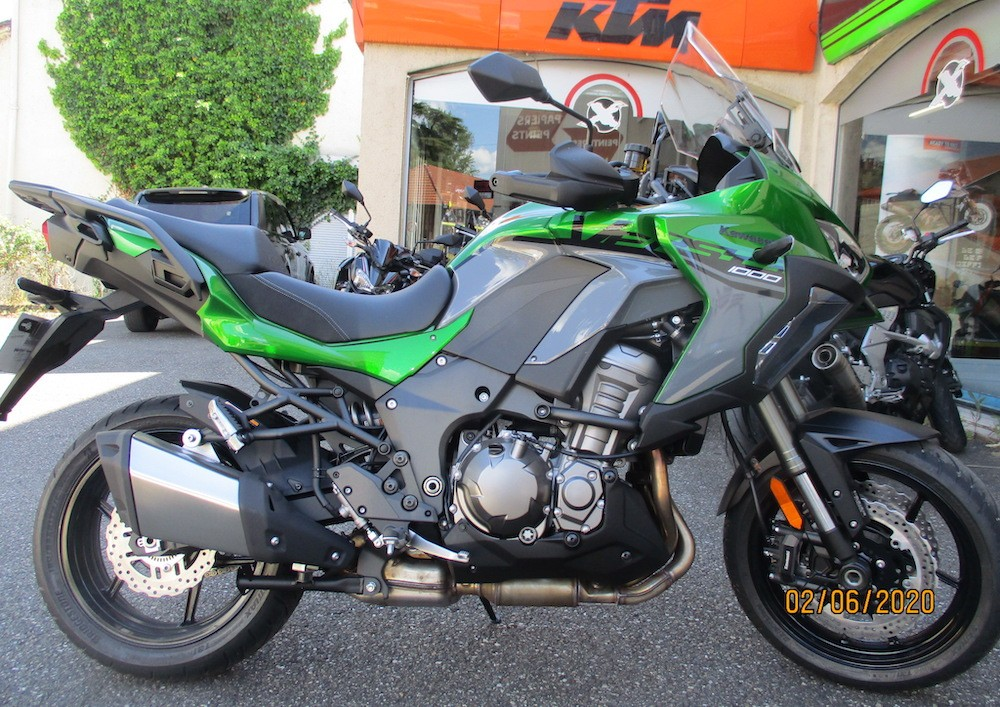 Location moto Pau KTM 790 Duke L 1