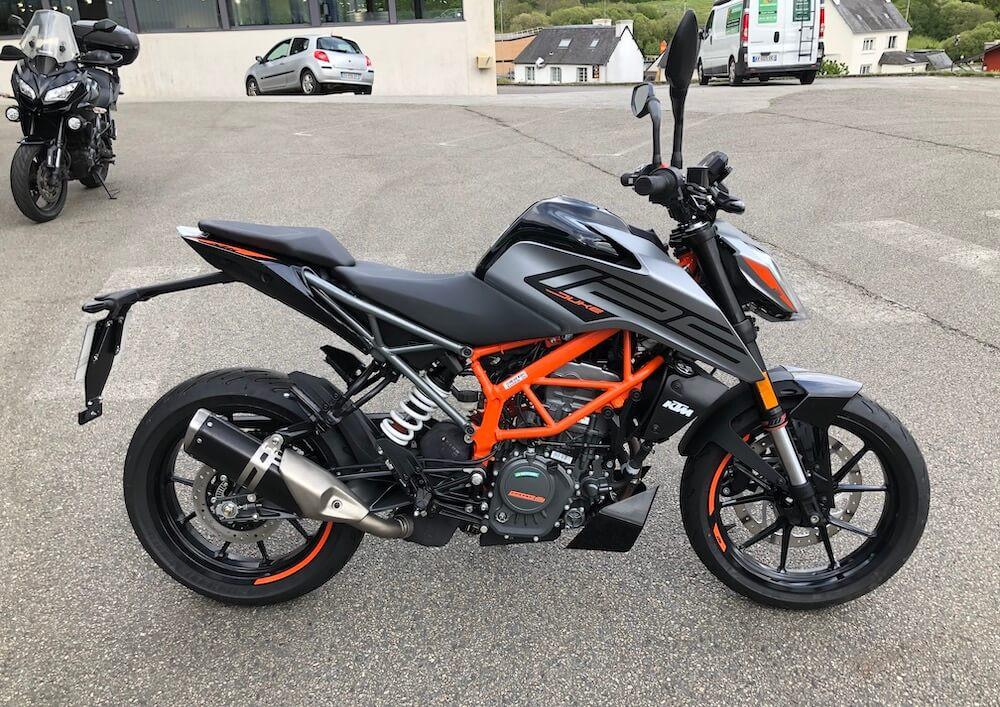 location moto Quimper KTM 125 Duke 14084