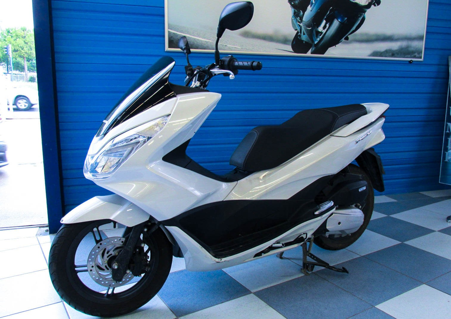 Location scooter Montpellier Honda PCX 125 1