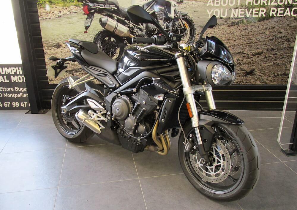Location moto Montpellier Triumph Street Triple 660 S 1
