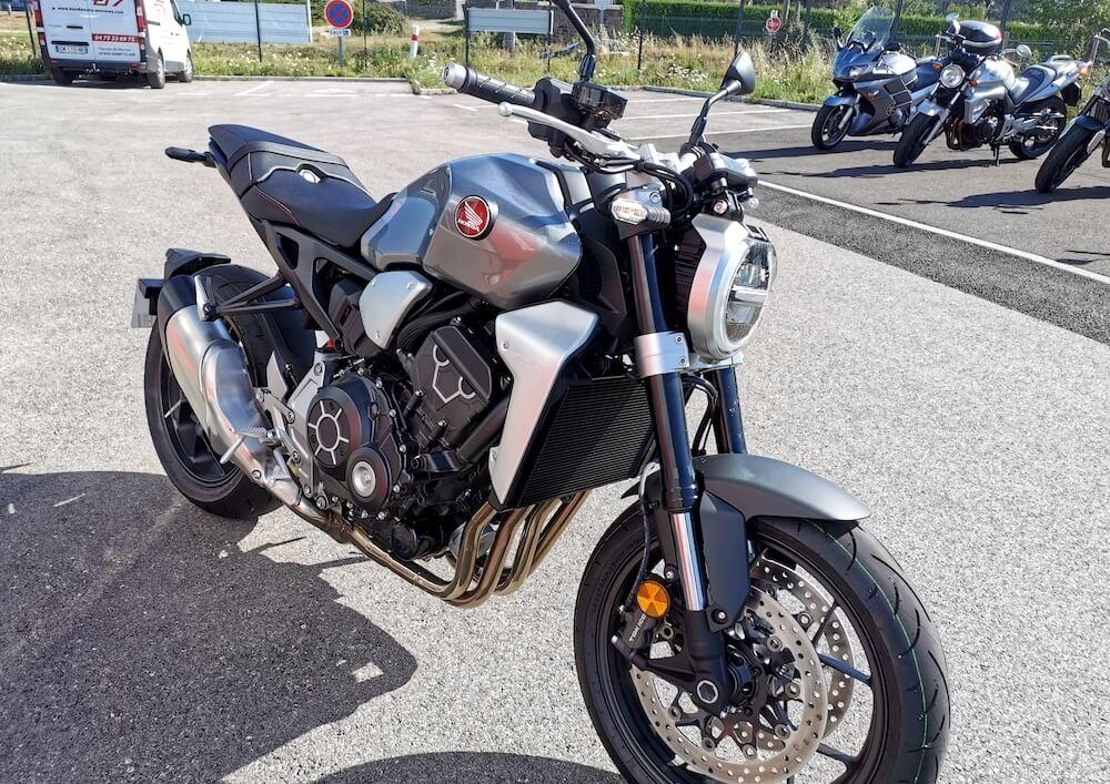 location moto Annonay Honda CB 1000 R 10993