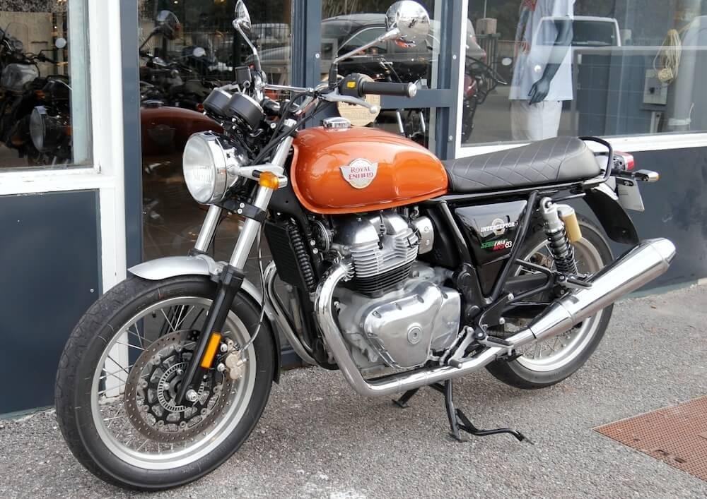 location moto Pau Royal Enfield 650 Interceptor 1