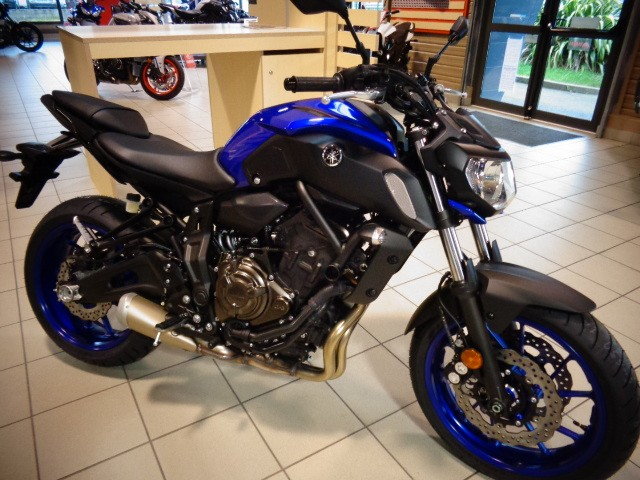 location moto lorient yamaha mt07 1