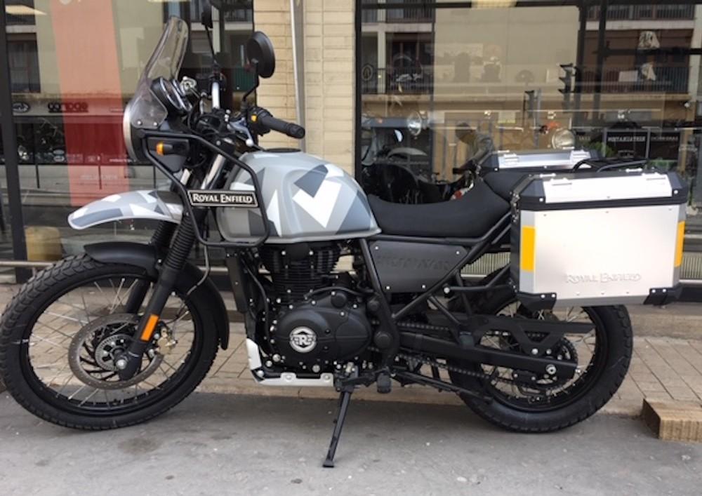 location moto metz Royal Enfield Himalayan 1
