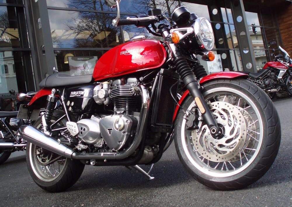 Location moto Rouen Triumph Thruxton
