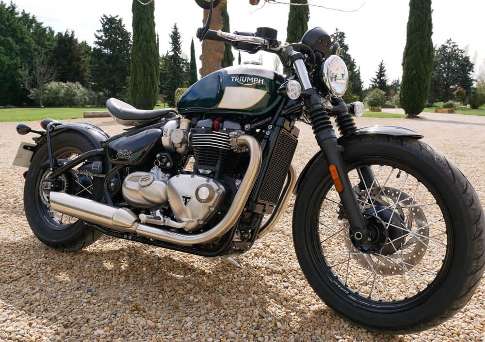 Location moto Tarascon Triumph Bonneville Bobber 1200cc 1