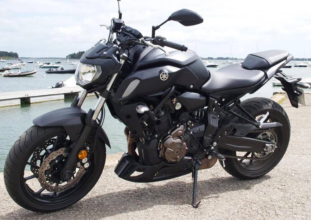 Location moto Vannes Yamaha MT07 ABS 4