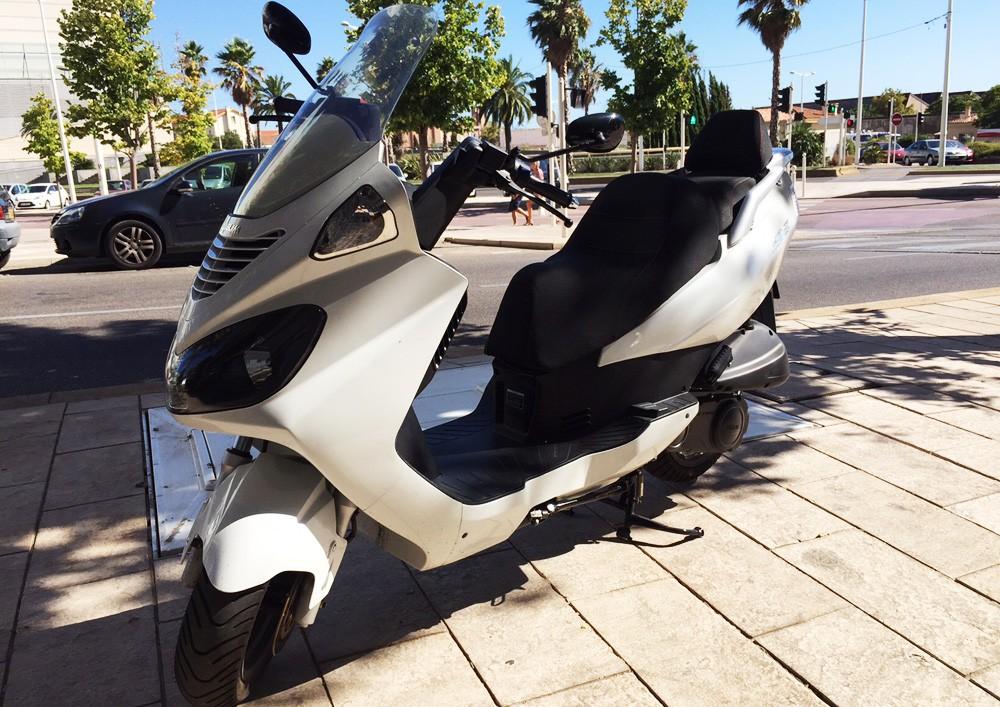 Location DAELIM S2 125cc 1