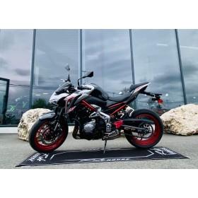 location moto Kawasaki Z900 FULL