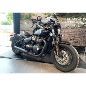 location moto Triumph Bonneville 1200 Bobber Black