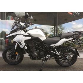 location moto Benelli TREK 502