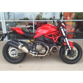 location moto Ducati Monster