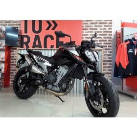location moto Ktm 790 Duke ABS 2019