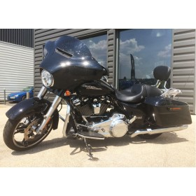location moto Harley Davidson Street Glide