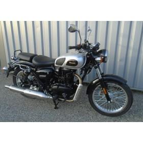 location moto Benelli 400 Imperiale
