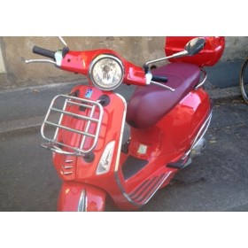 location moto Piaggio 125 Vespa Rouge #2