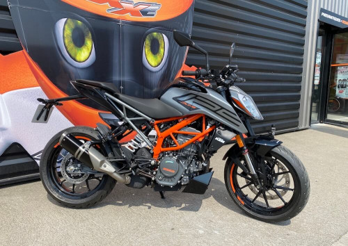 location moto le mans Ktm 790 Duke 1