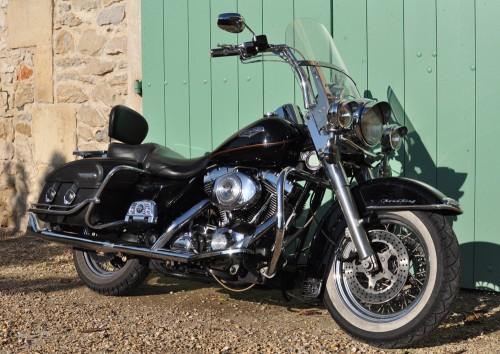 Location Harley Davidson Road King Tarascon