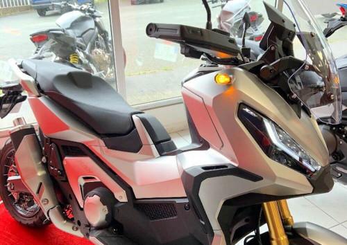 location moto Niort Honda X-ADV 750 14251