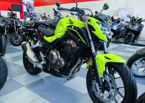 Location moto Montpellier Honda CB 500 F 2