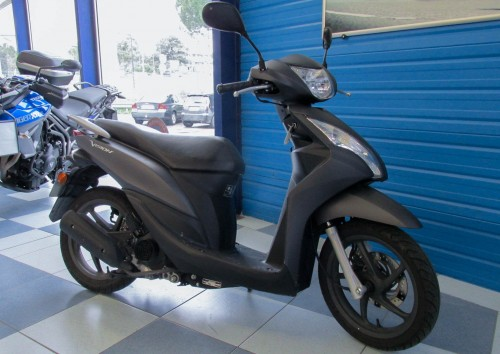 Location scooter Montpellier Honda Vision 50 1