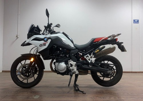 location moto Marseille BMW F750 GS 8765