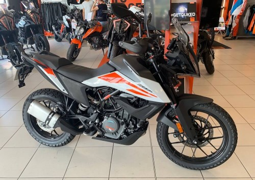 location moto Vannes KTM 390 Adventure 10173