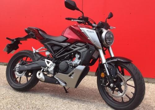 location moto Saint-Maximin Honda CB 500 X 8469