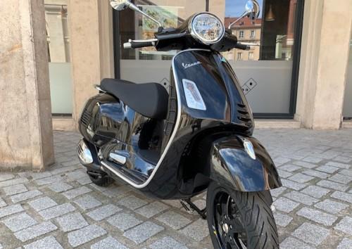 location scooter Nancy Vespa GTS 300 10541