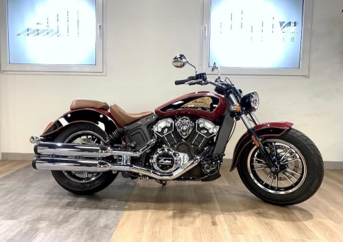 Location moto Indian Scout Bobber 1