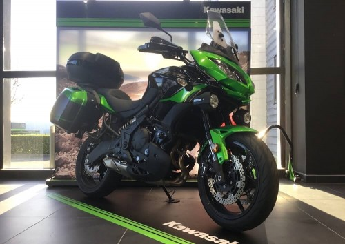location moto Vannes Kawasaki Versys 650 12359
