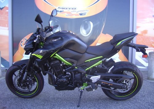 location moto Cherbourg Suzuki GSX-S 750 3