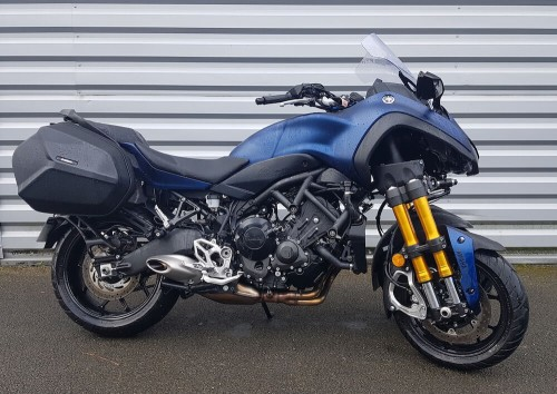location moto 3 roues angers Yamaha Niken 900