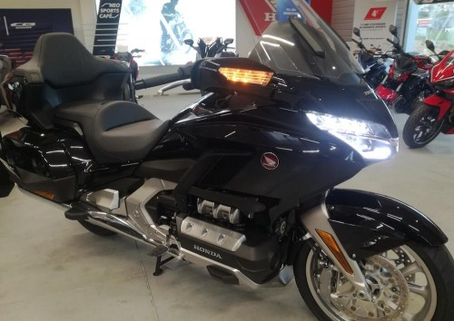 location moto Annonay Honda GL1800 Goldwing 1
