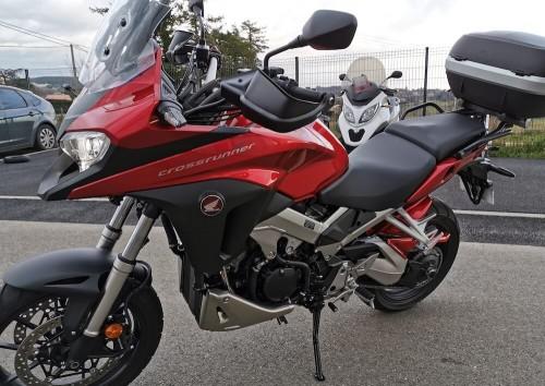 location moto Annonay Honda VFR 800 X 8328