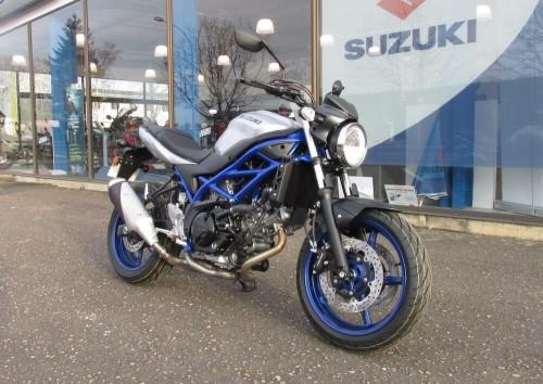 location moto Blois Suzuki 650 SV 8206