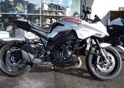 location moto Brive-la-Gaillarde Suzuki 1000 Katana 1