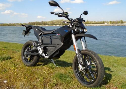 Location moto électrique Zero Motorcycles FXS 1