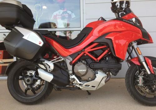 Location moto La Rochelle Ducati Multistrada 1