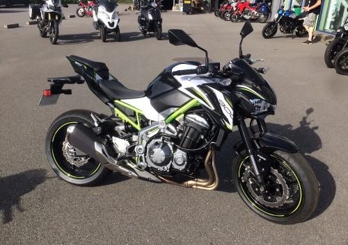 Location moto Laval Kawasaki Z900 2