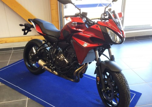 Location moto Laval Yamaha MT07 tracer 1
