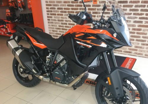 Location moto Les Sables-d'Olonne KTM 1090 Adventure A2 1