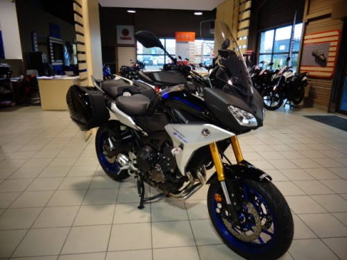 location moto lorient yamaha mt09 tracer 2