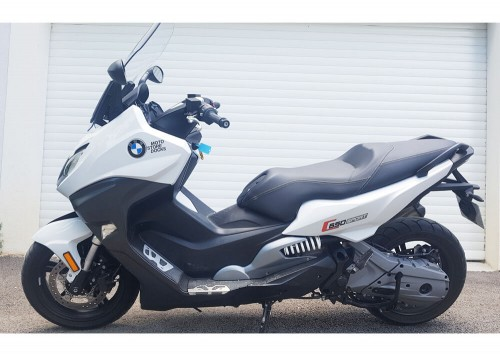 Location scooter Marseille BMW C650 S 1